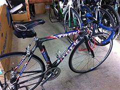バイクは、12年ほど愛用する「TREK 5900」。
